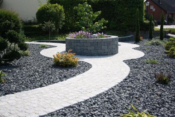 schoner vorgarten naturstein – greengrill, Hause und garten